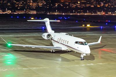 Netjets Europe Bombardier BD-100-1A10 Challenger 350 CS-CHC 12-13-19 2