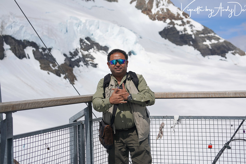 The Shutterbug who prefers to stay behind the lens, could not resist having this portrait taken at the peak of the Jungfraujoch!