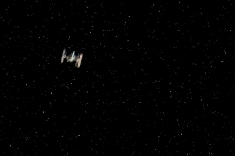 ISS, International Space Station pass over 264 miles Los Angeles at 5:33 PM on November 27,2009. From the ground the ISS look like Darth Vader's Space Ship in the movie Star Wars...