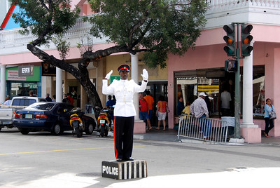 traffic light in Nassau, Bahamanians
