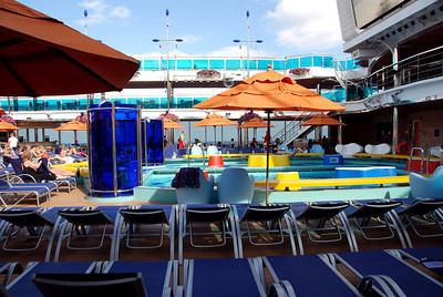 Carnival Dream pool deck