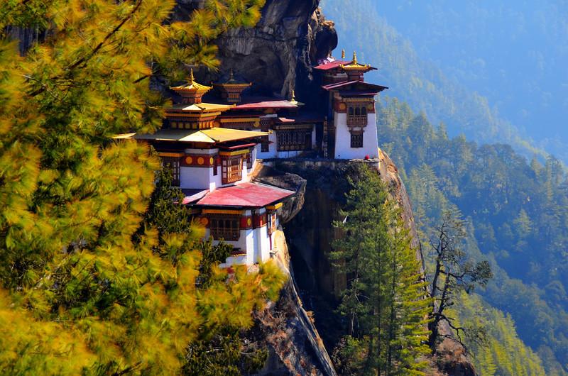 HIKING TIGERS NEST, BHUTAN