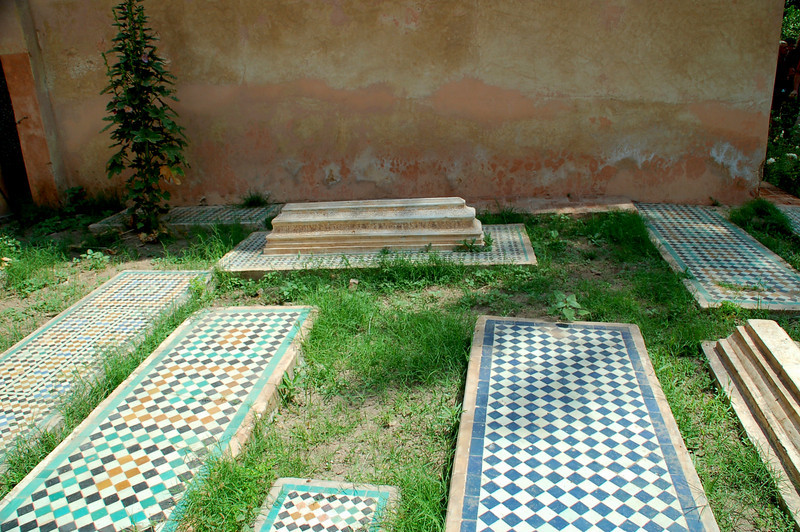 islamic early graves marrakesh berber