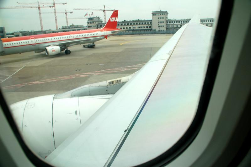wing shot Airbus 320 berber