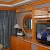 VISION OF THE SEAS, ROOM 8502, OWNER'S SUITE