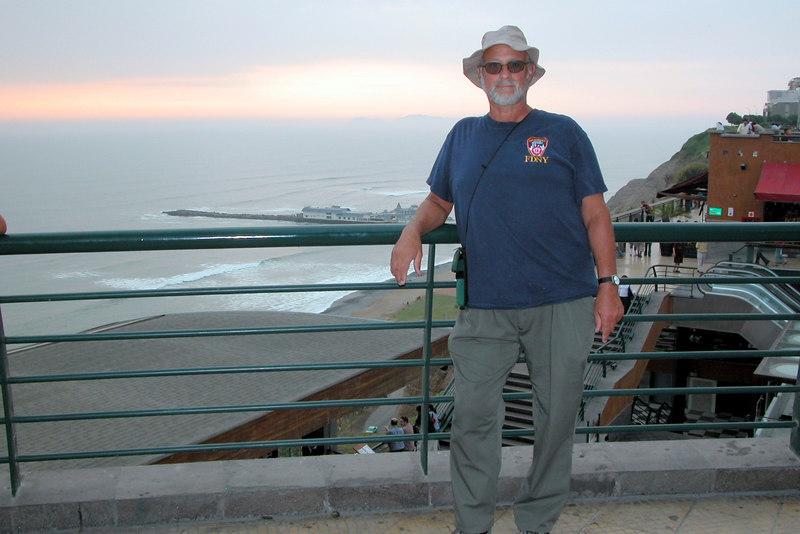 sunset Lima  beach