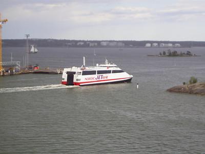 2007 - BALTIC JET departing from Helsinki to Tallinn.