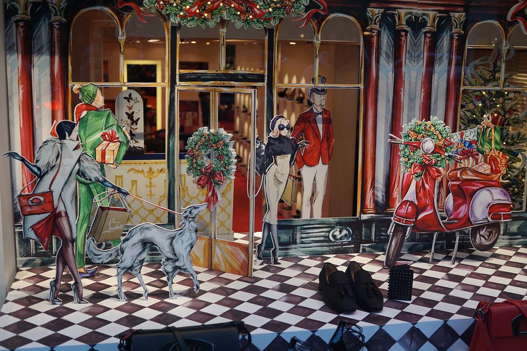 December 19 2014  New York City holiday window