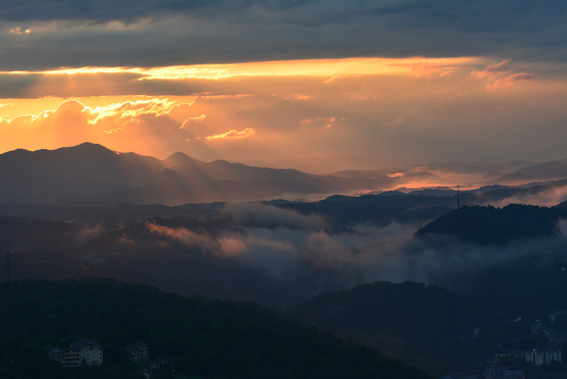 June 11 2013   Smoky Mountain Dawn