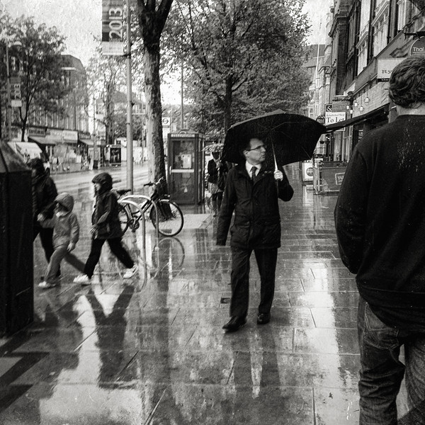 Rain on the Uxbridge Road