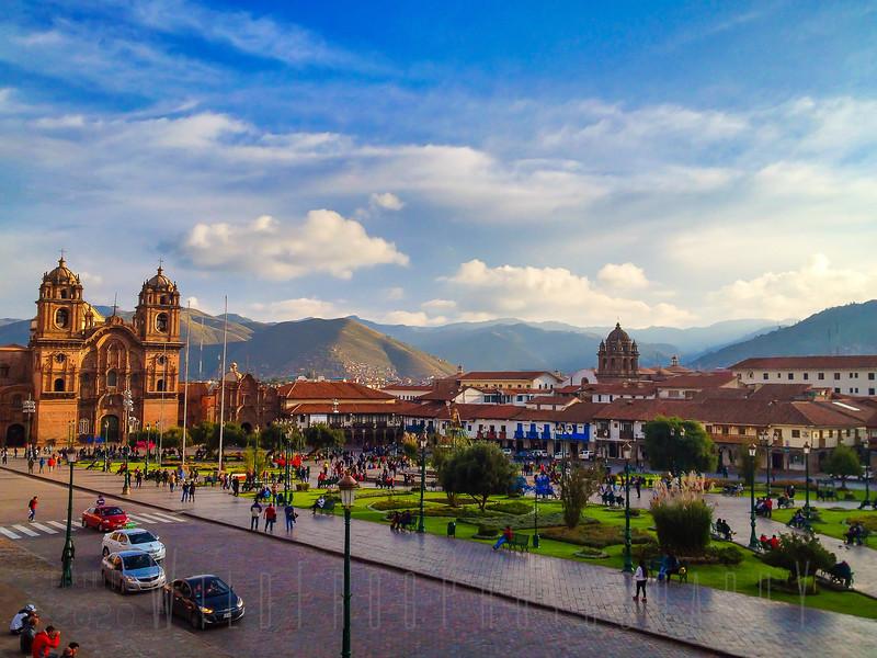 Compania de Jesus in  Plaza De Armas