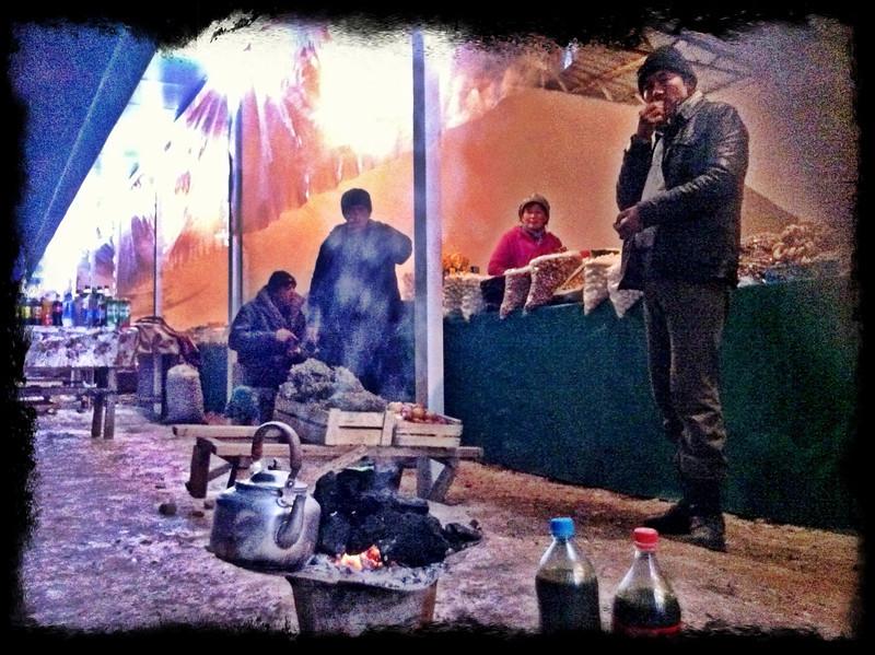 Roadside stalls at freezing highway up in mountains - Asaka to Tashkent