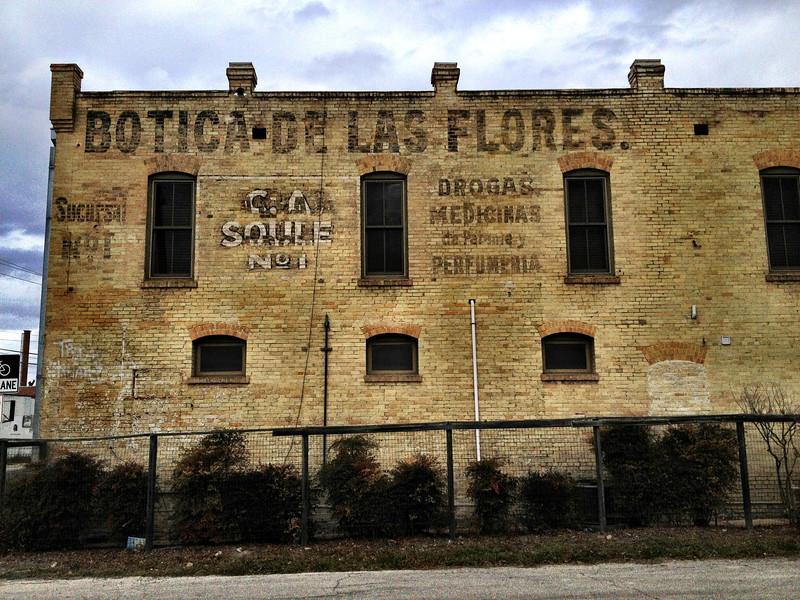 Botica de las Flores, San Antonio