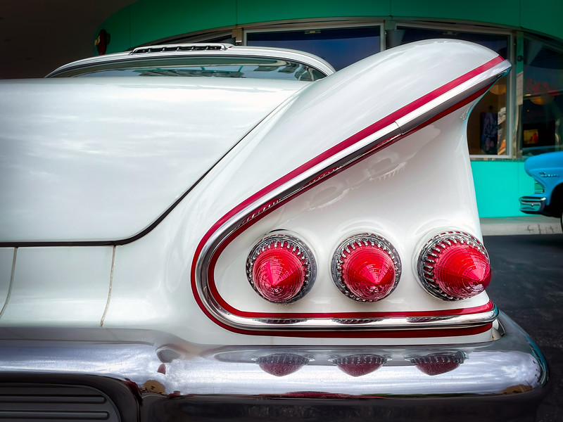 Fins and Lights
