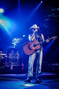 Kenny Chesney - Jon Currier Photography -countrymusicrocks net - iPhotoConcerts com-IMG_0059