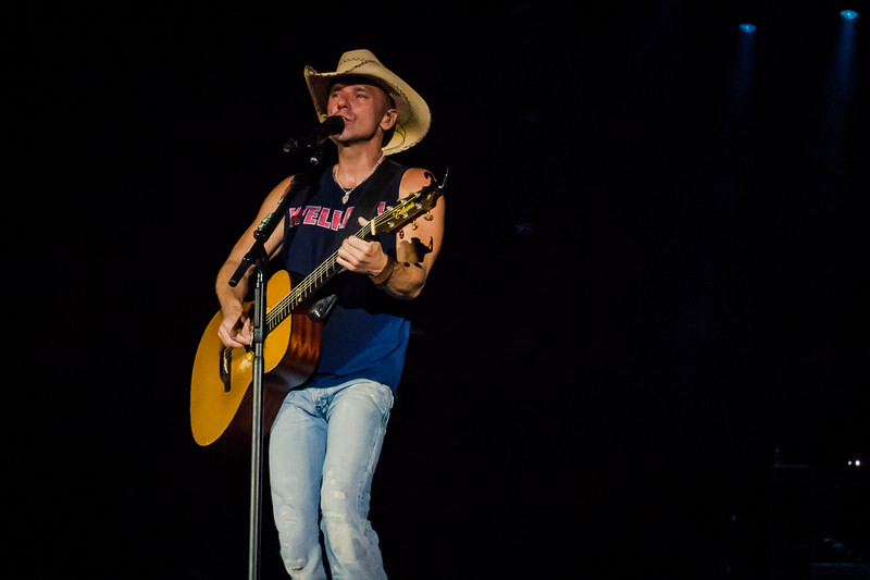 Kenny Chesney - Jon Currier Photography -countrymusicrocks net - iPhotoConcerts com-IMG_0176