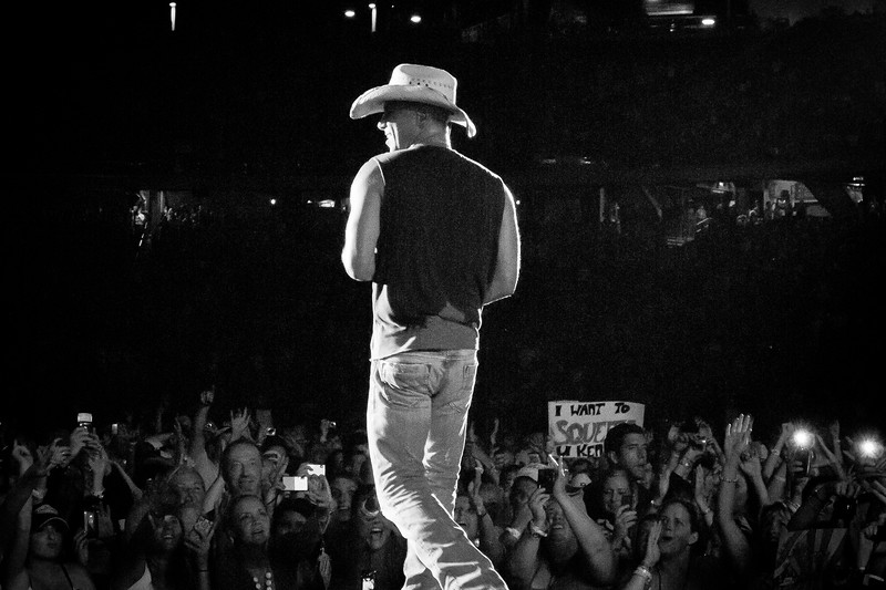 Kenny Chesney - Jon Currier Photography -countrymusicrocks net - iPhotoConcerts com-IMG_5333