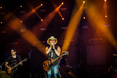 Kenny Chesney - Jon Currier Photography -countrymusicrocks net - iPhotoConcerts com-IMG_5534