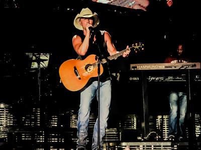 Kenny Chesney - Jon Currier Photography -countrymusicrocks net - iPhotoConcerts com-IMG_0578