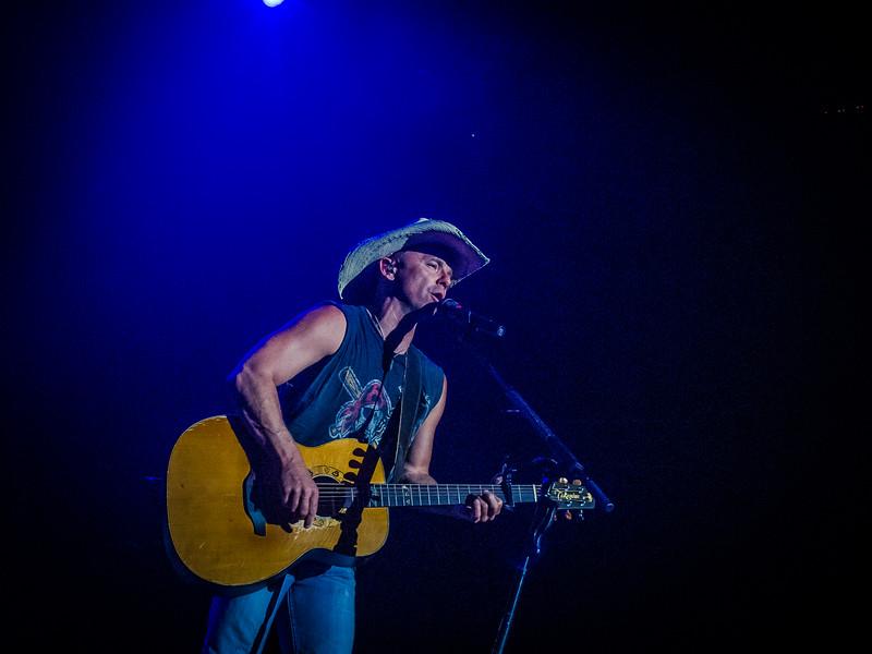 Kenny Chesney - Jon Currier Photography -countrymusicrocks net - iPhotoConcerts com-IMG_0106