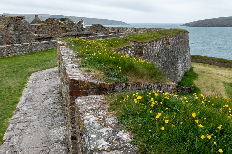 CHARLES FORT NEAR KINSALE, BRITISH, LATE 1600'S