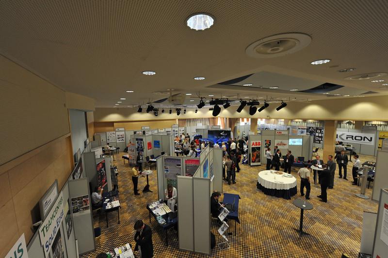 Industrijski_forum_IRT_2009_razstavna-dvorana_15