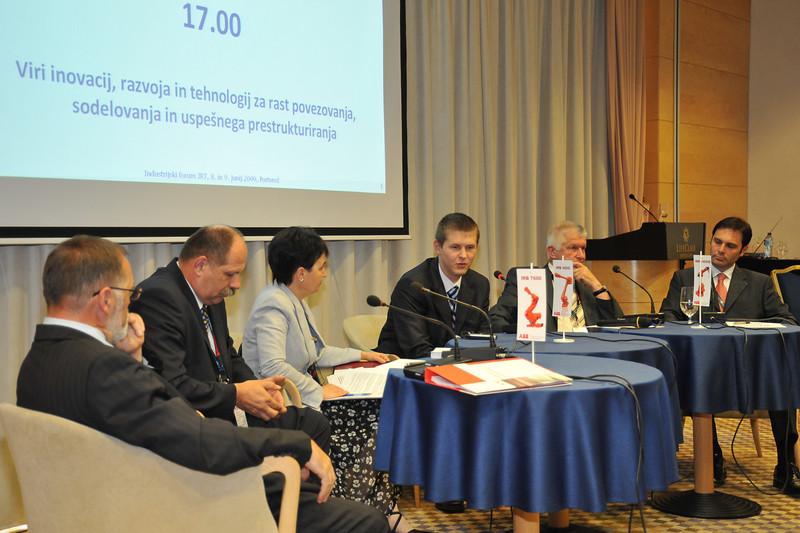 Industrijski_forum_IRT_2009_Okrogla-miza_5
