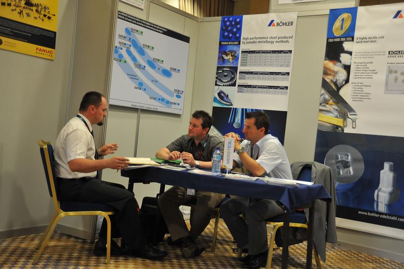 Industrijski_forum_IRT_2009_razstavni-prostori_25