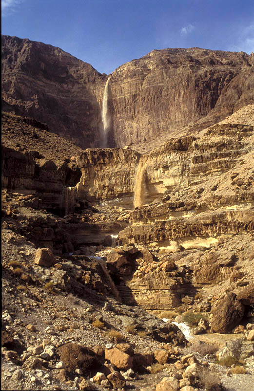 שיטפון בנחל קדם מדבר יהודה  - Flash Flood in the Judean Desert