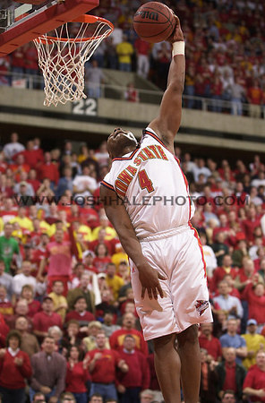 Josh Hale/Iowa State Daily<br /> Kantrail Horton goes up for a shot duing the men's basketball victory of 79-71 over Kansas on Saturday afternoon in Hilton.  (2-17-01)