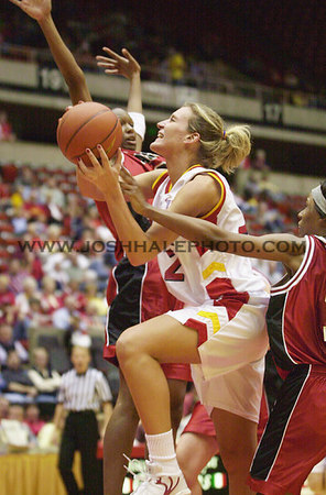 Josh Hale/Iowa State Daily<br /> Angie Welle goes of for a shot against the Houston Jaguars for the Cyclone exhibtion win of 84-72 on Sunday afternoon in Hilton.  (11-04-01)