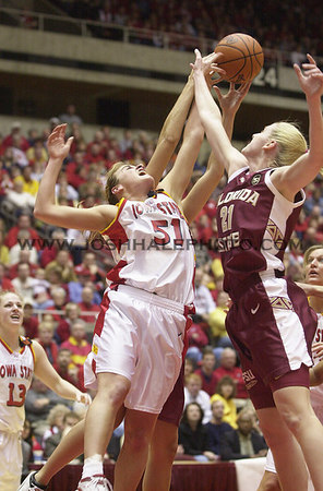 Josh Hale/Iowa State Daily<br /> Megan Taylor fights for a rebound against Florida  State's Brooke Wyckoff during the women's second round NCAA victory of 85-70 on Sunday afternoon in Hilton.  (3-18-01)