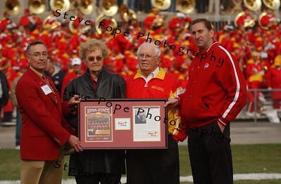 2007 Hunziker Family Honored