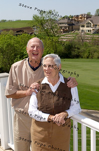 Johnny and Romie Orr in their porch in Glen Oaks, May 2, 2006. Steve Pope Photo.