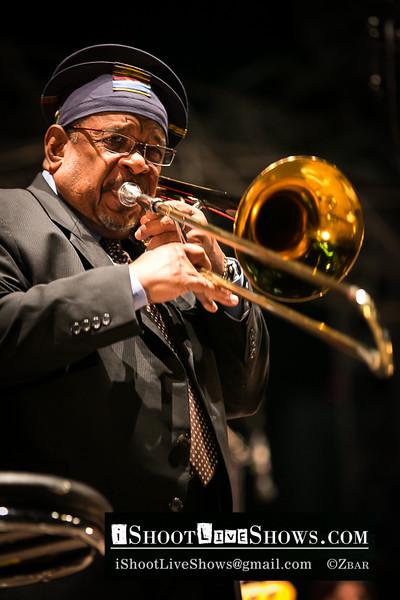 Fred Wesley & Pee-Wee Ellis - Paris La Defense Jazz Festival 2012