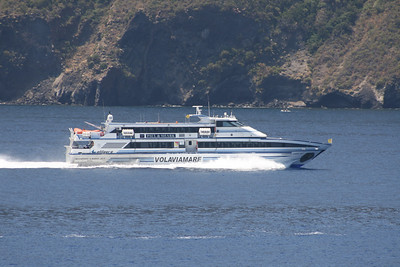 HSC AGOSTINO LAURO JET running between Eolian islands.