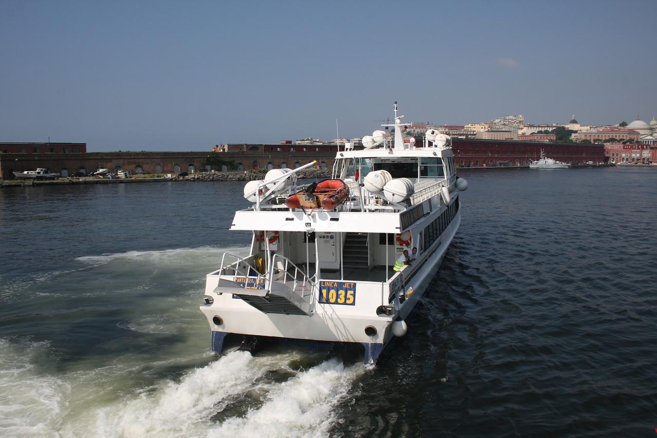 2010 - AMALFI JET arriving to Napoli.