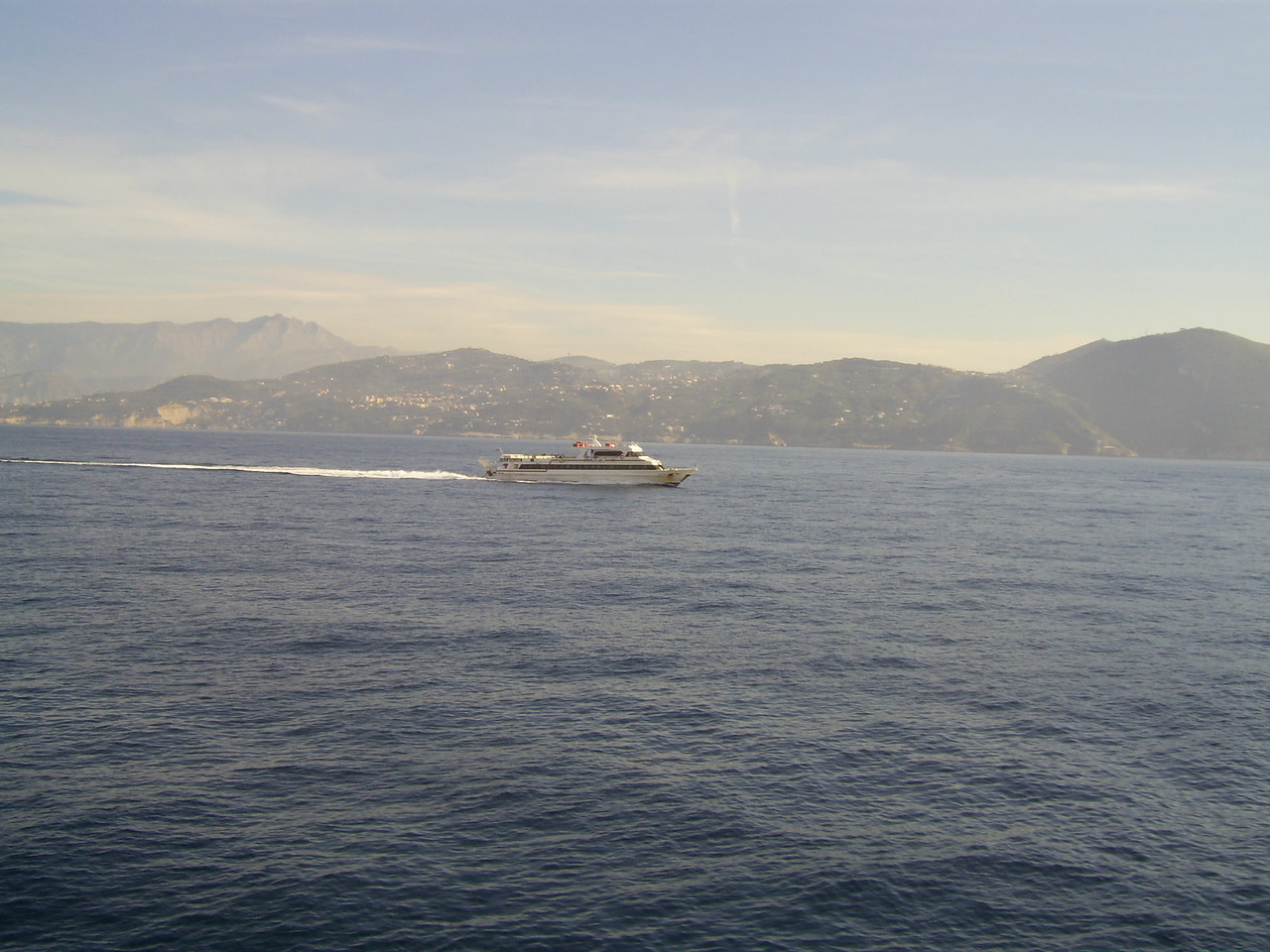 2007 - AMALFI JET sailing from Napoli to Capri.