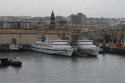 2009 - HSC CAPRICORN and ARIES laid up in Napoli.