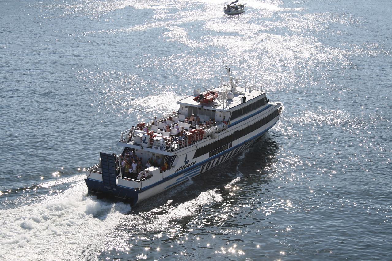 CELESTINA arriving in Napoli.