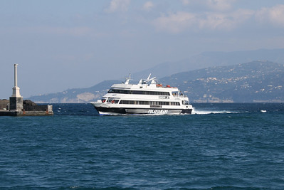 EUROPA JET arriving to Capri.