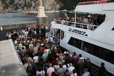 EUROPA JET embarking in Capri.