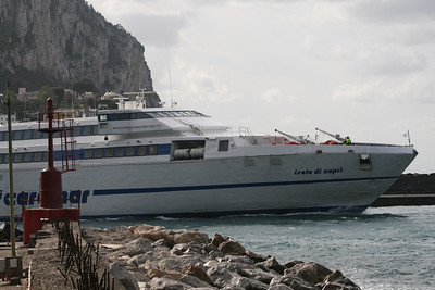 2008 - HSC ISOLA DI CAPRI departing from Capri..