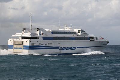 2008 - HSC ISOLA DI CAPRI sailing on a very bad sea.