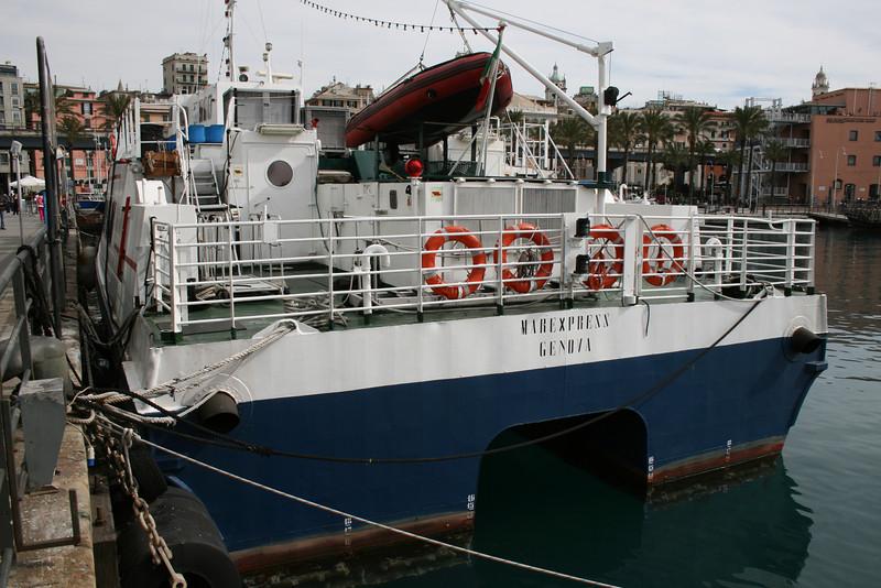 2009 - M/S MAREXPRESS in Genova.