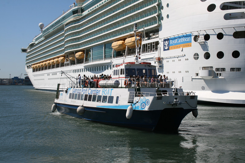 2010 - M/S MAREXPRESS : shuttle service between port and center of Genova.