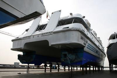 2008 - HSC MARIA SOLE LAURO in dry dock in Napoli.