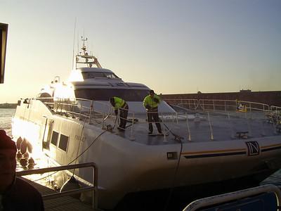 2008 - HSC PONZA JET mooring in Napoli.