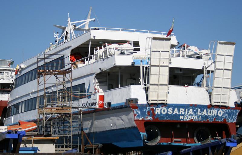 2008 - ROSARIA LAURO repainting in dry dock.