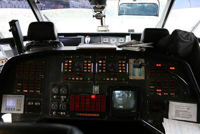 2011 - On board DSC SNAV ALCIONE : the bridge, engines' controls.